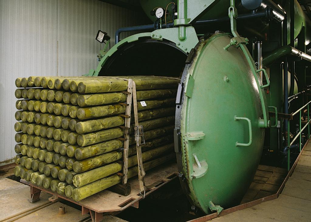 Le traitement autoclave  – pin raboté bois de pologne
